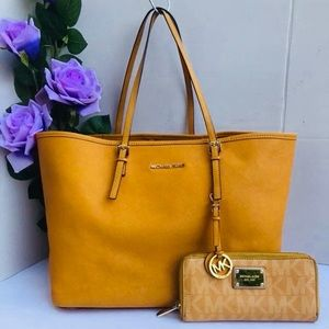 Michael Kors MK Mustard Yellow Tote Bag+Wallet SET